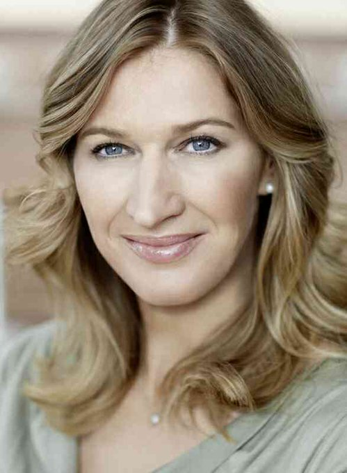 Joyeux anniversaire Steffi Graf !Happy birthday St..For more info visit...