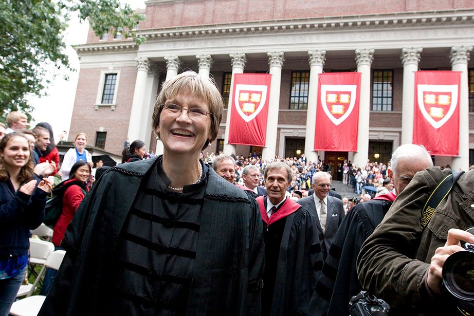 RT @Harvard: Here are some memorable moments from President Drew Faust's last 10 years at Harvard https://t.co/f5vxFZW9C9 https://t.co/ypVp…
