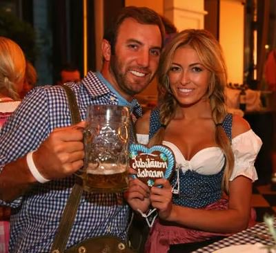 Paulina Gretzky gives birth to second son