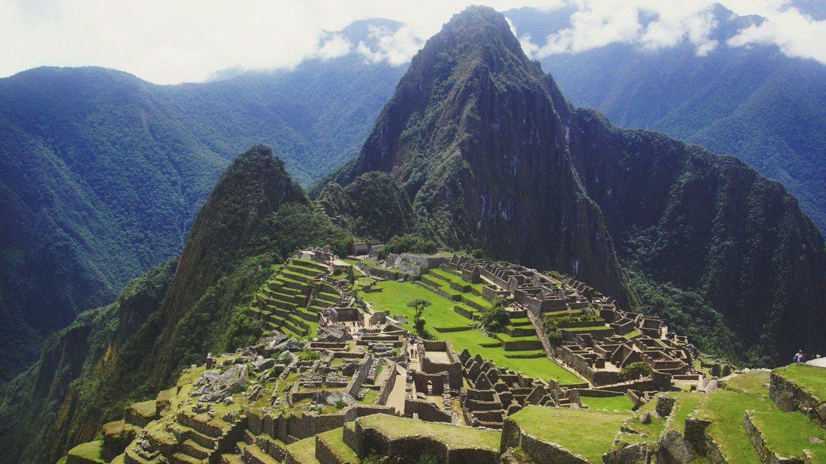 Looking down on Machu Picchu.. https://t.co/lWfMaAqnKz https://t.co/0NSf4Yrjb8