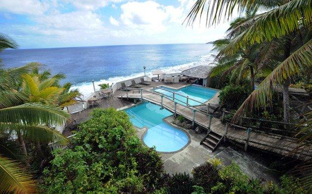 NZ aids Niue tourism, communications and solar power