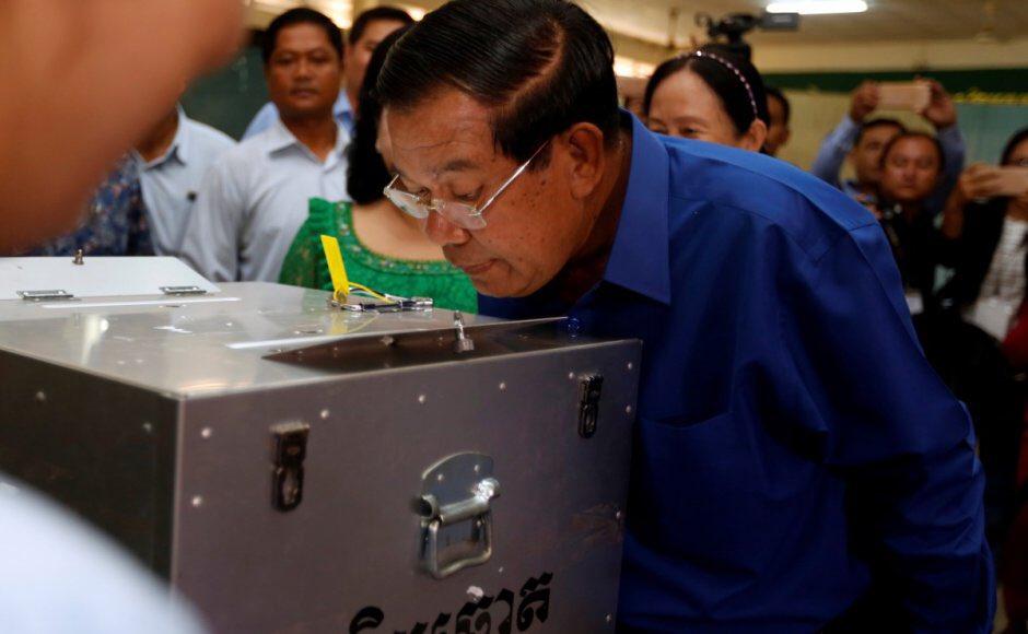 Cambodia: PM Hun Sen lifts ban barring opposition leader's return