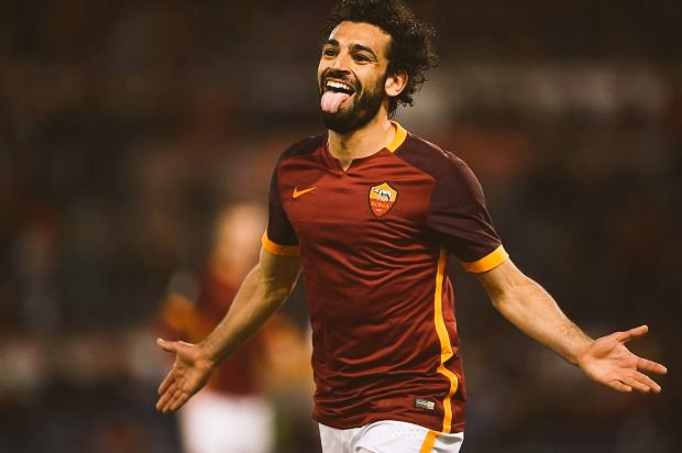 Happy Birthday 25th Mohamed Salah. Roma. Jadi pindah ke kagak siii??