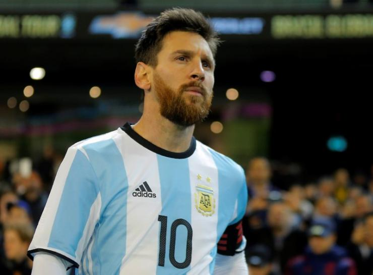 Prosecutors would swap prison for fine in Messi tax fraud case - press
