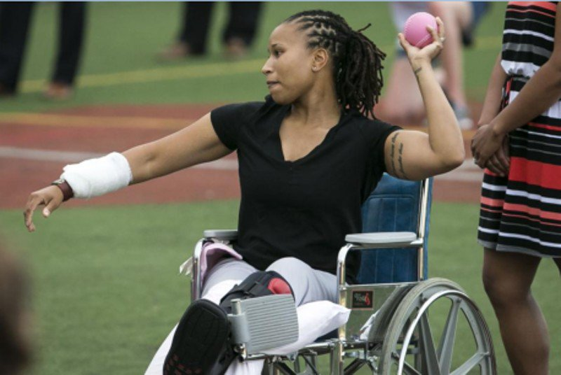 Wounded officer Crystal Griner throws out first pitch at Congressional softball game