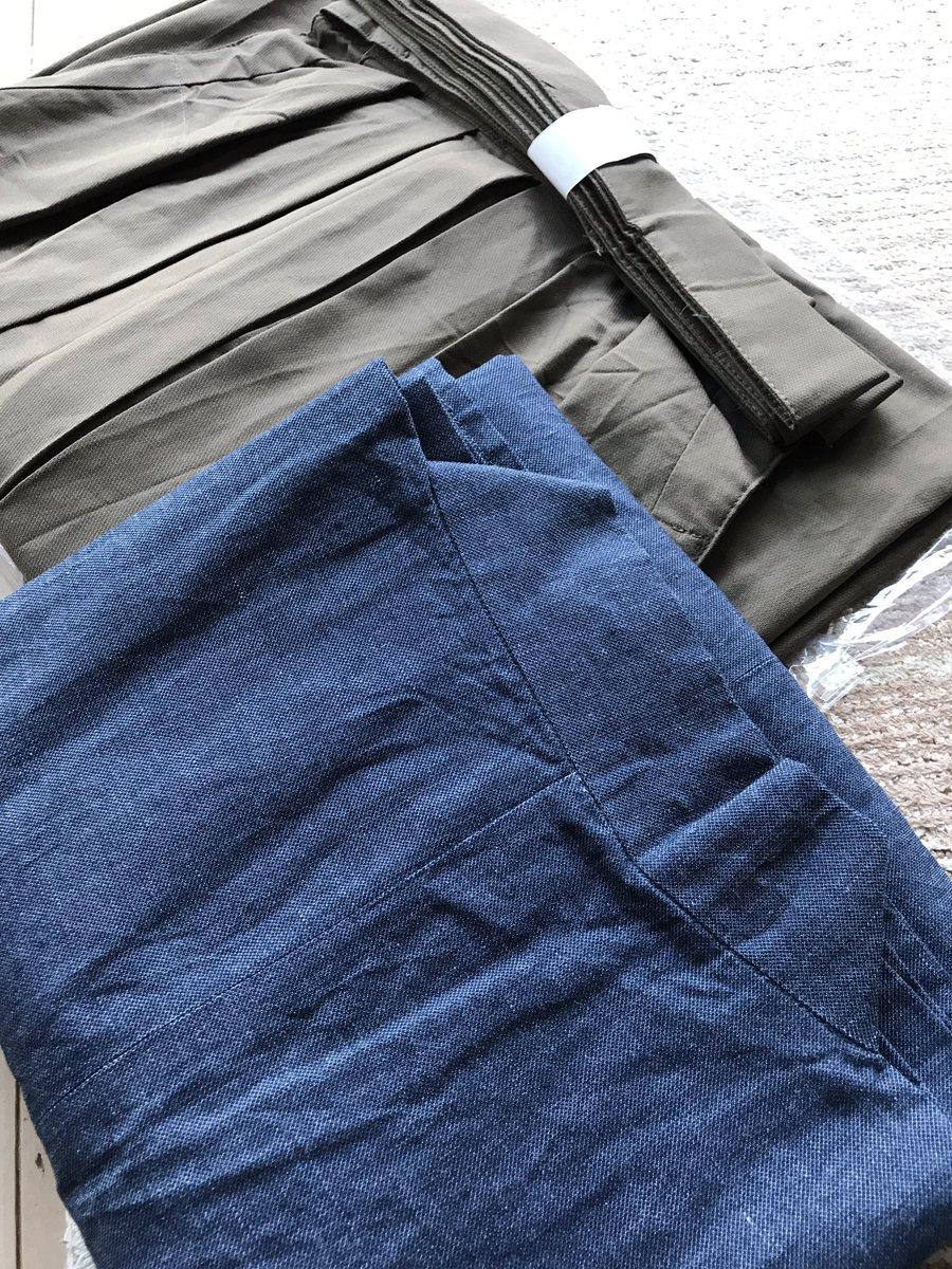 こう吉さんのチノ袴、上衣と合わせてもう一枚♪この色合わせだと「信長の忍び」の秀吉っぽくていいね☆大地監督も買ったみたい(
