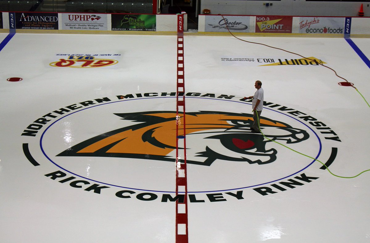 test Twitter Media - The Berry Events Center ice is back.... Rick Comley Rink is in place for the @NMUHockey 2017-18 season! https://t.co/MUDLXfGbrE