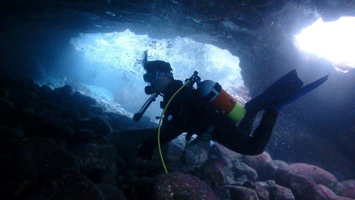 #あまんちゅ の海中のカット回収が当初の目的だから、地形派ダイバーになるのはごく自然な流れなんだよなwww #ゆるふわダ