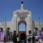 Contributors to LA 2024's Olympic bid include familiar cast of region's top sports, entertainment figures