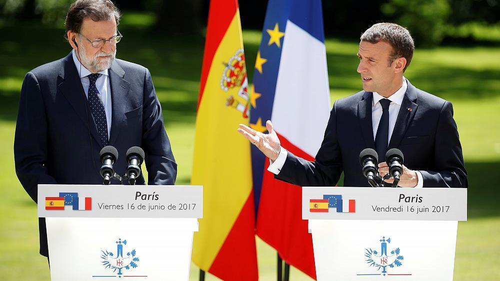 Macron meets leaders of Spain, Estonia and the Netherlands