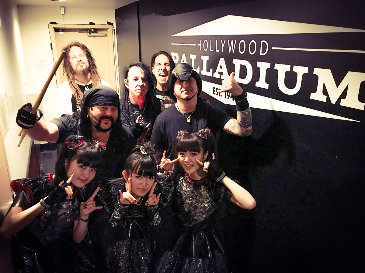 Thanks @hellyeahband at @thepalladium in LA!#LA #BABYMETAL https;//t.co/qgVi3Y9Ays