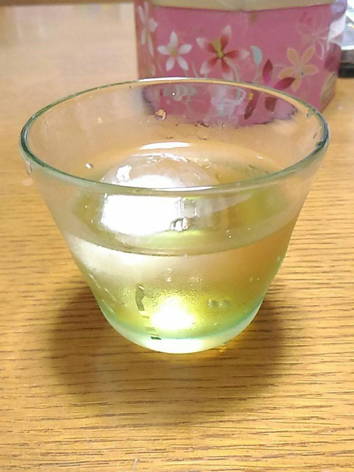 今ごろですが、昨夜のワカコ酒宇和島編、なかなかうまそうでした。同じ愛媛に住んでても、南予のお酒って意外と手に入らないのよ