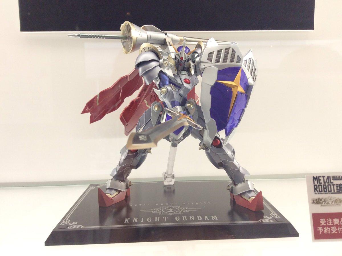 リアル騎士ガンダムさんも展示中。