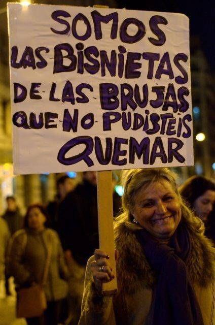 RT @CuleFer: @Rafa_Hernando Somos mujeres  Somos feministas Somos libres y combativas!!✊️🌈 https://t.co/q0IcTD8tHU