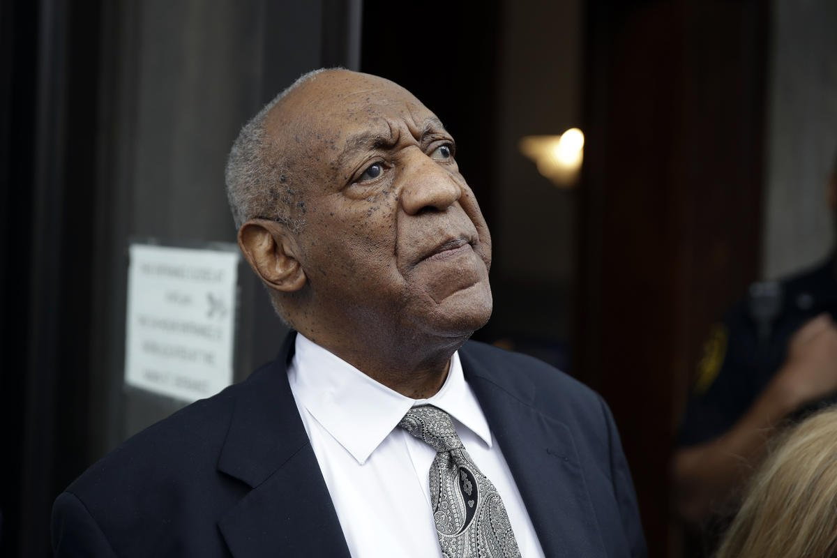 Cosby's team attacks judge likely to retry him in sex case