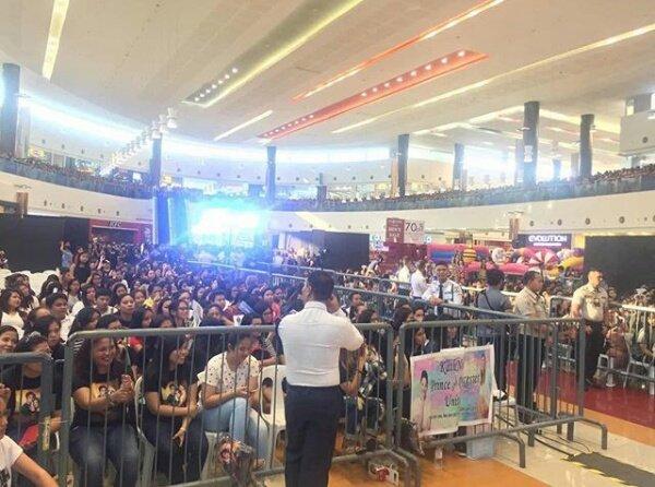 RT @djfpxexkcmb: crowd as of now ❤   © #MaliaAndTristanAtSMRosario https://t.co/fKWcvjN6w4