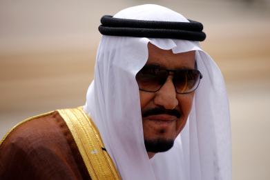Saudis give Pakistan one choice: 'Are you with us or with Qatar?'