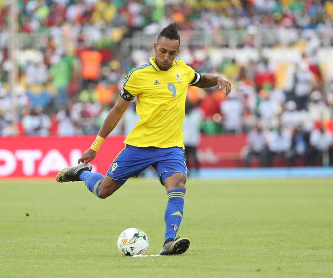 "Happy 28th birthday to 2015\s ""African Player of the Year\"" Pierre-Emerick Aubameyang"