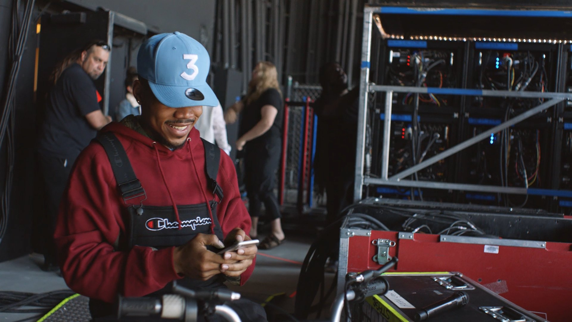 Any requests? Real instruments? No problem.  With @chancetherapper and Twitter, music is happening.   #SeeEverySide https://t.co/1MF5NtIFan