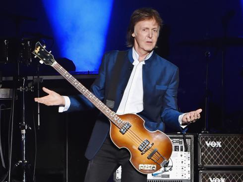 RT@ URMZINE Happy birthday to Paul McCartney! (The Beatles)