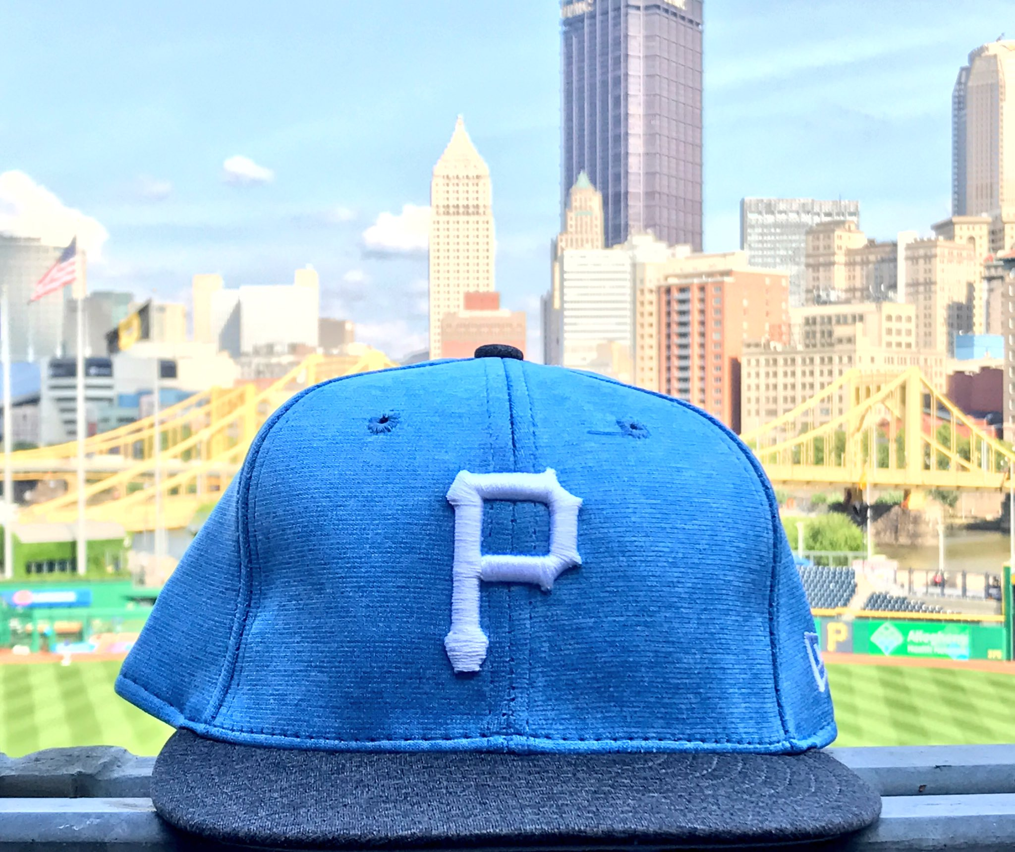 RETWEET THIS now for your chance to win one of our #FathersDay caps! https://t.co/YJqYZMUcSF