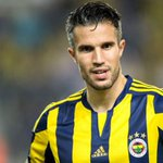 Arsenal and Man United ex- striker Robin van Persie considers return to Feyenoord