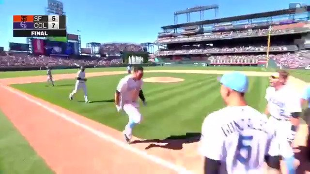 The fourth cycle of the season belongs to Nolan Arenado.  #Walkoff! https://t.co/YlBeOKOs9N https://t.co/2lDTjQtPam