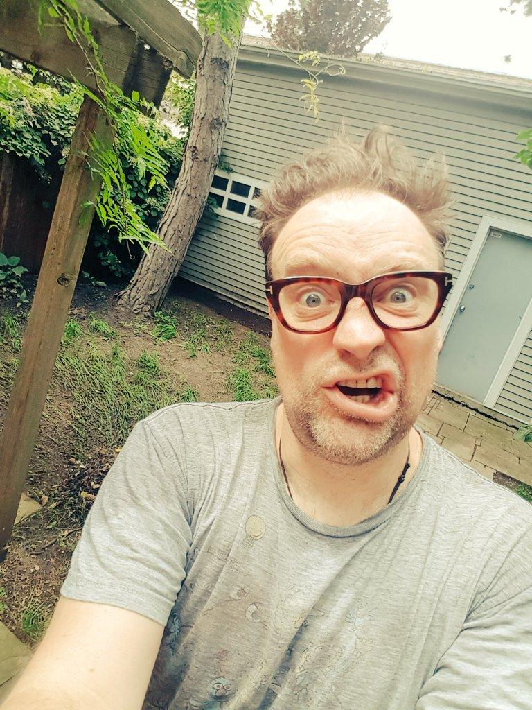 test Twitter Media - Gifts & gardening?! ... No, no @Janeloughman, Bratlett & my cries were of gifts & gaming? ! ;-) #FathersDayHerWay https://t.co/eHqkJGqkKM