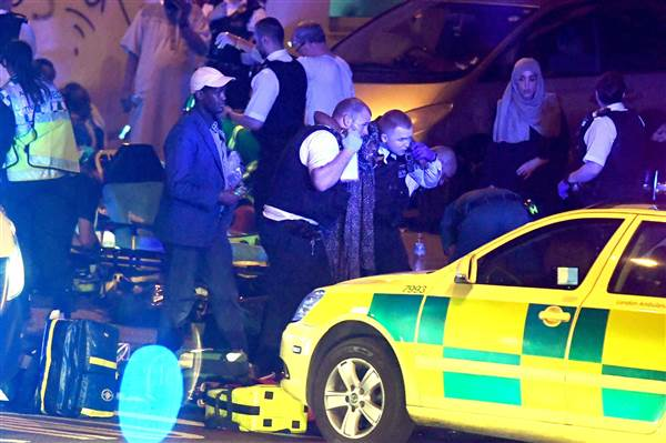 BREAKING: Suspect arrested after colliding with pedestrians in London https://t.co/LphgN77Qsc https://t.co/LkyLb9hJSe