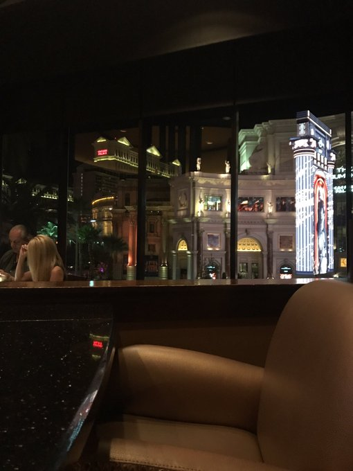 Dinner and a view. Now just need a Daddy https://t.co/BAIy3FdpJq