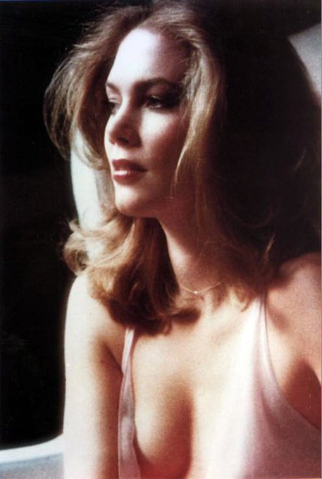 Happy birthday Kathleen Turner!