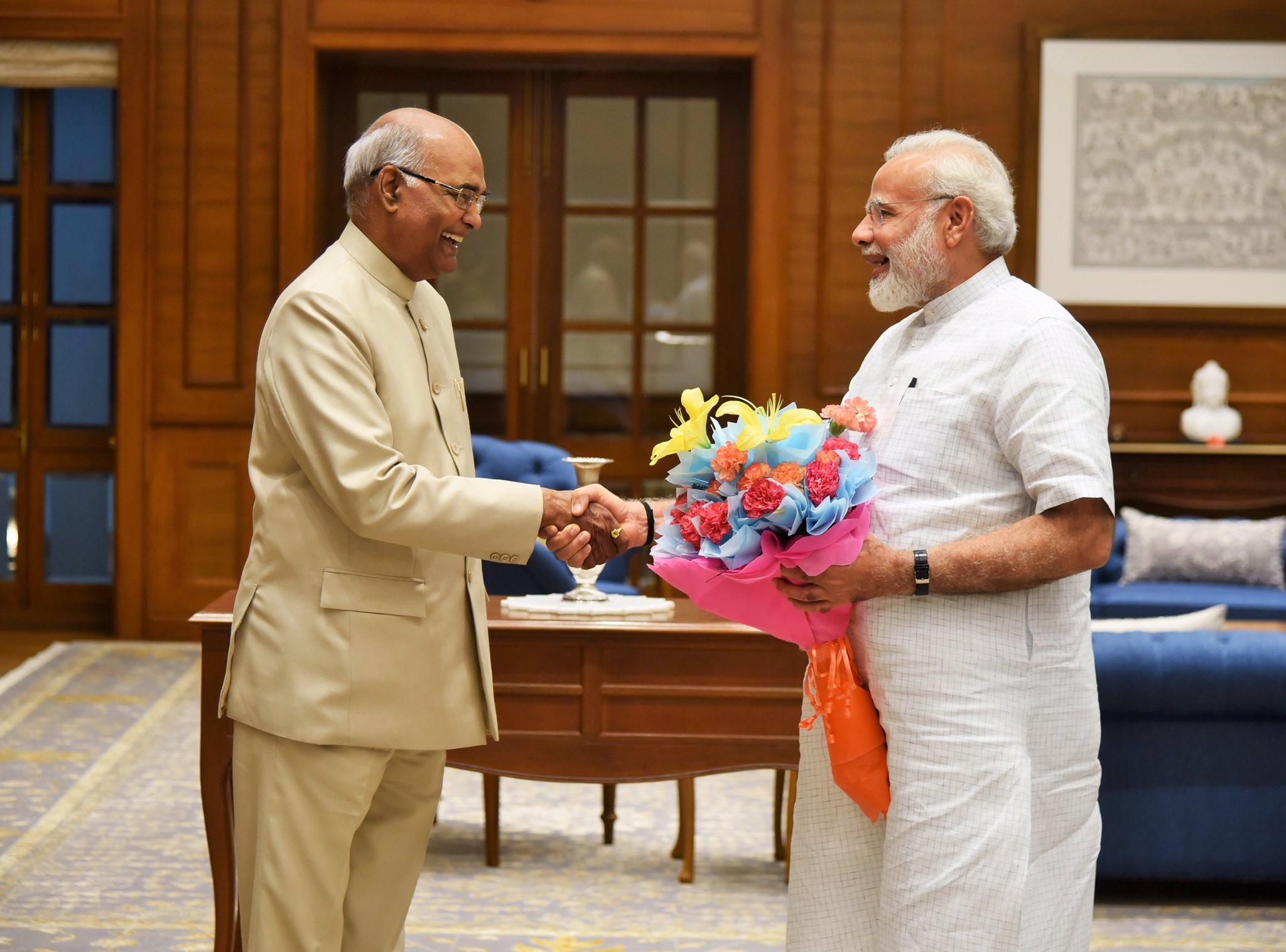 Met Shri Ram Nath Kovind. https://t.co/fM9fg5mAnA