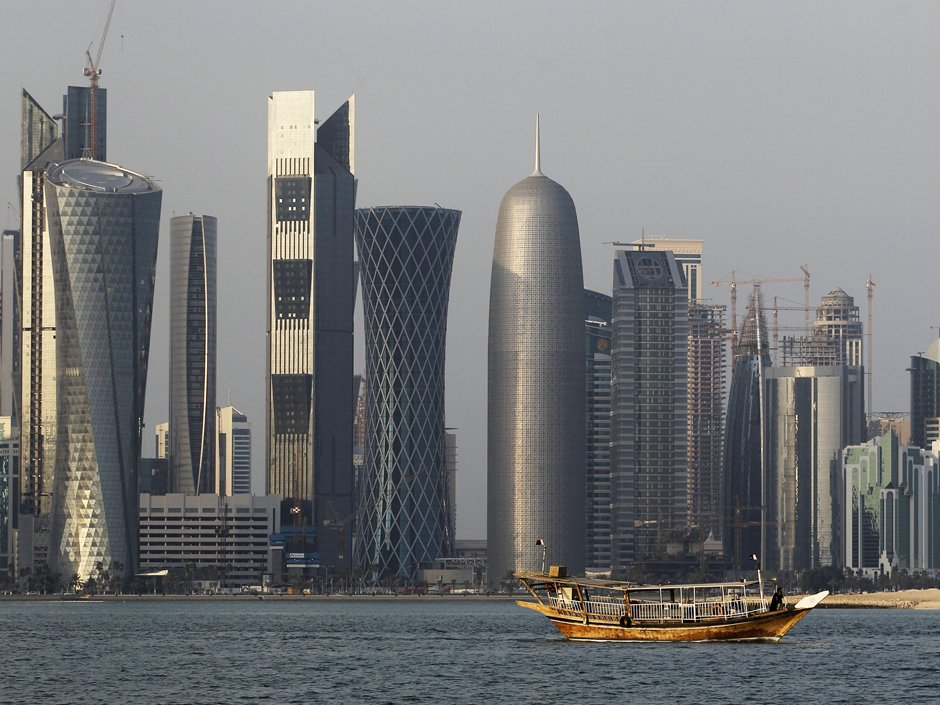 Qatar wealth fund boosts dollar deposits in local banks