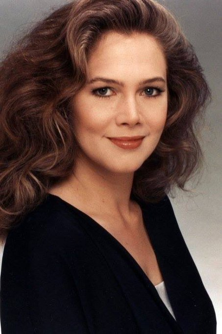 Happy 63rd birthday to Kathleen Turner, part sexpot, adventuress, comedienne, Jon Waters\ star. You are unique!