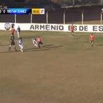 Árbitro dá assistência para gol de time na segunda divisão da Argentina - Futebol