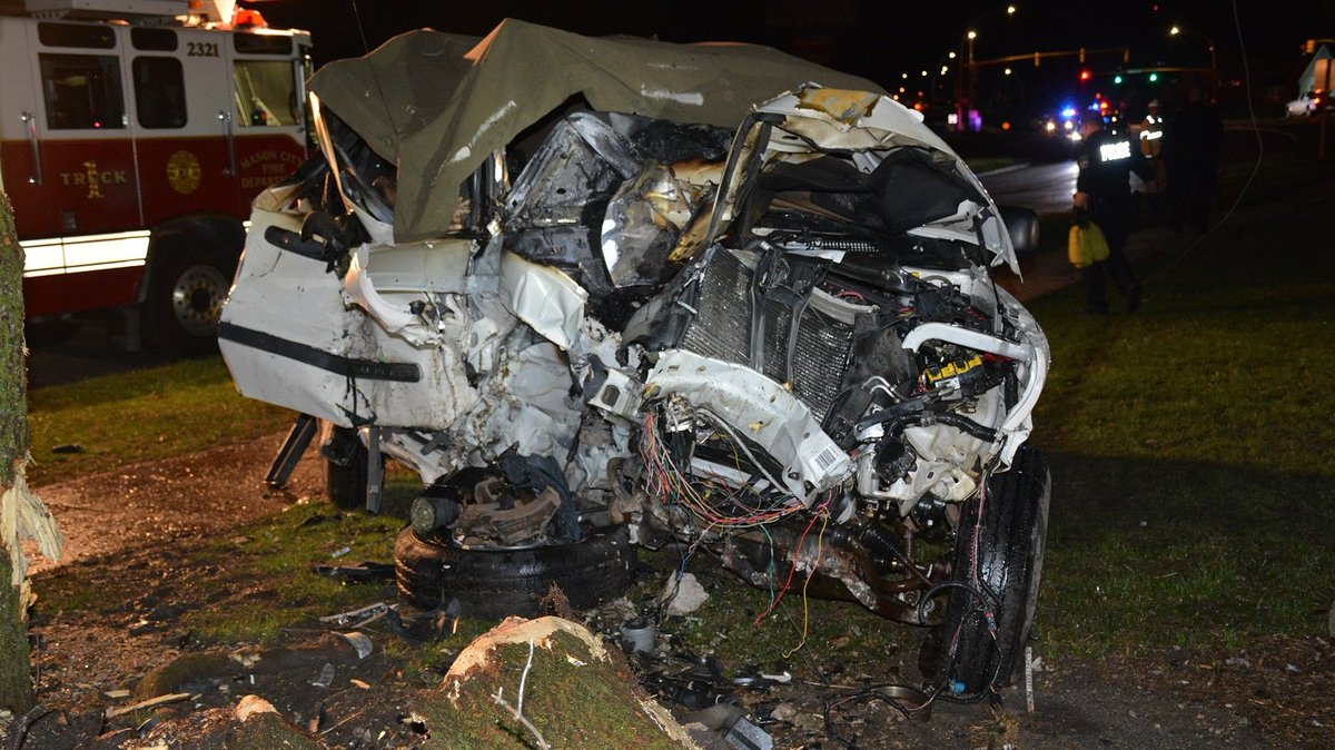 Police: Driver in fatal crash was drunk and speeding
