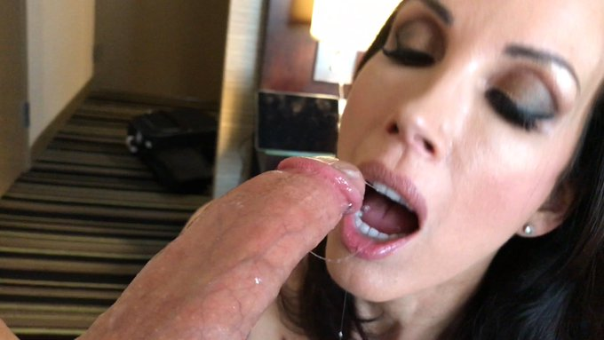 1 pic. Sloppy bj stills from a hot custom video shoot!😈 https://t.co/hBP7tzPs1U