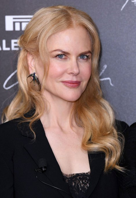 Happy Birthday to the great, beautiful and fantastic Nicole Kidman who celebrates his 50 years old today ! <3