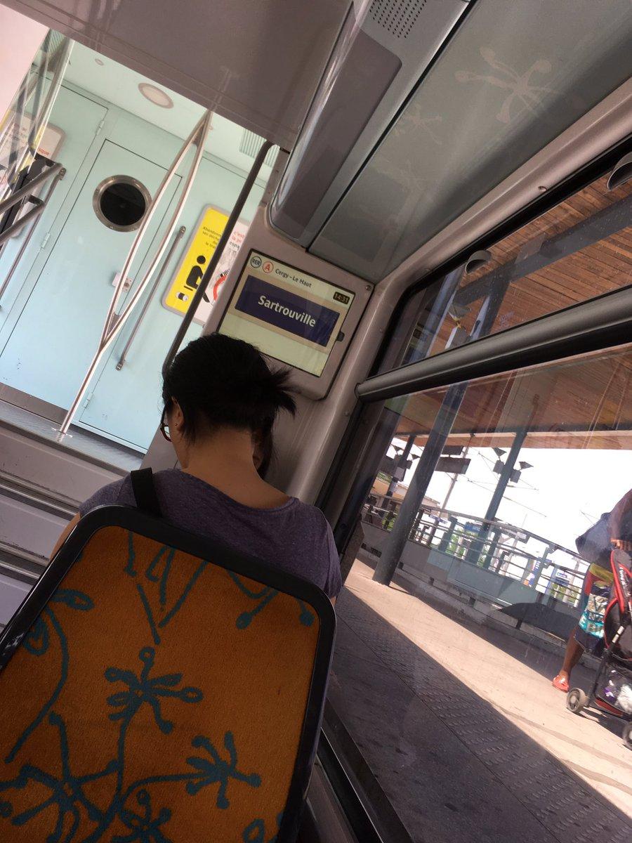 test Twitter Media - #RER A merci la Clim ! Une pensée pour tous les voyageurs sous 34°et aussi les #mediateurs buvez  💧💧💦#eau https://t.co/JSlADuxn2H
