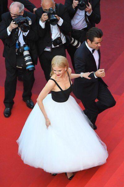 Happy birthday Nicole Kidman. i ily you soooo so hard bae of queens