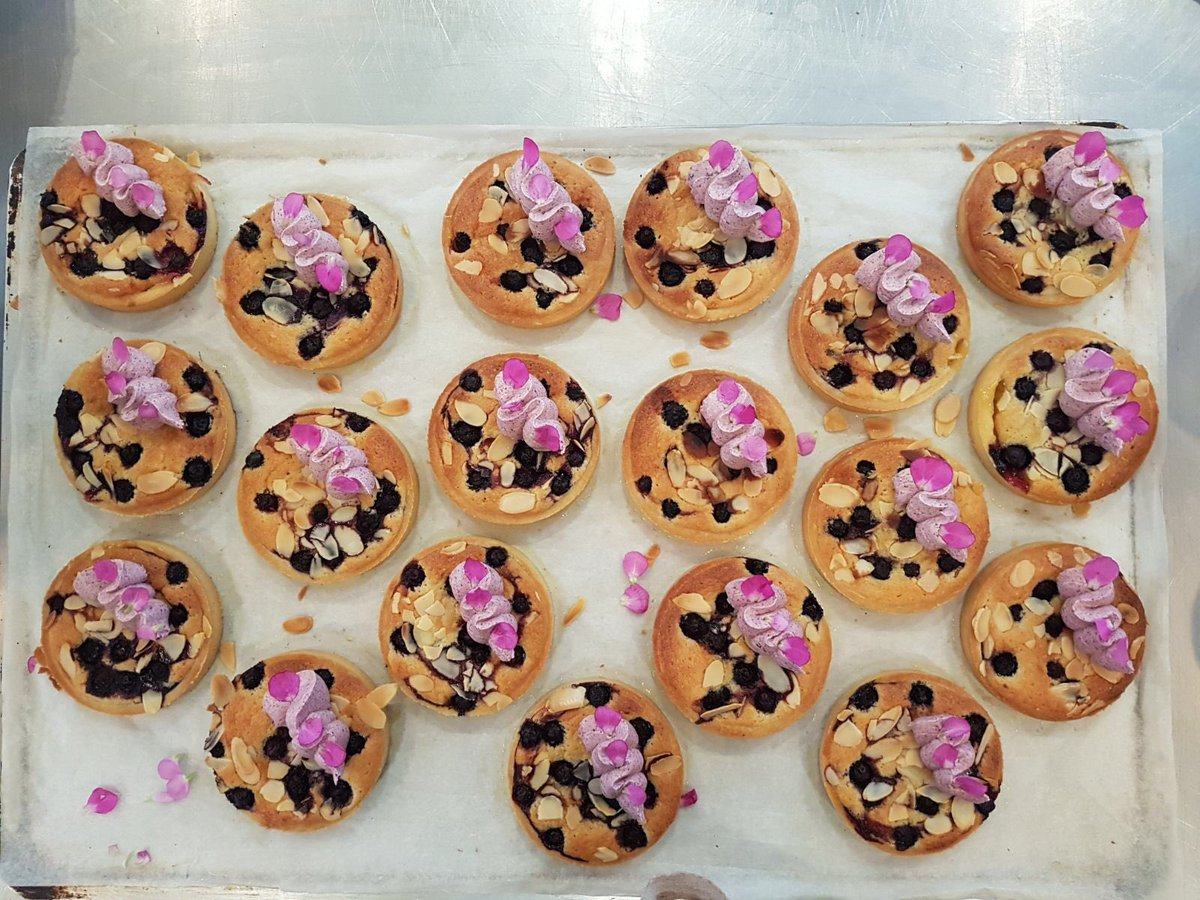 Lily Vanilli Bakery London's best cake shops