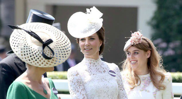 Kate Middleton's Royal Ascot look is giving us royal wedding flashbacks: