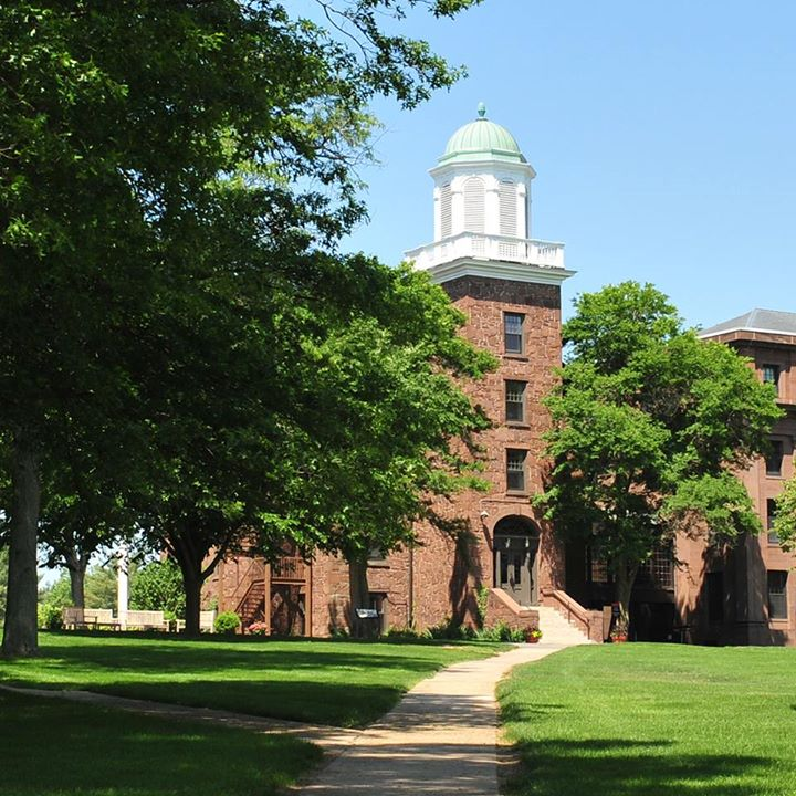 test Twitter Media - RT @wesleyan_u: Today is the perfect day for a campus tour! Schedule your visit here: https://t.co/umkX4ztRlB https://t.co/5J4SU0U6s0