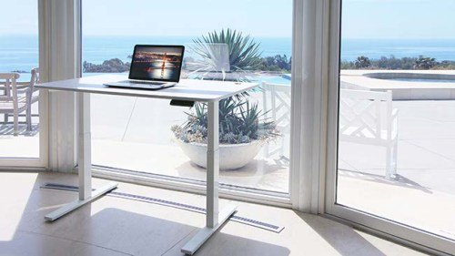 Autonomous SmartDesk Standing Desk Giveaway