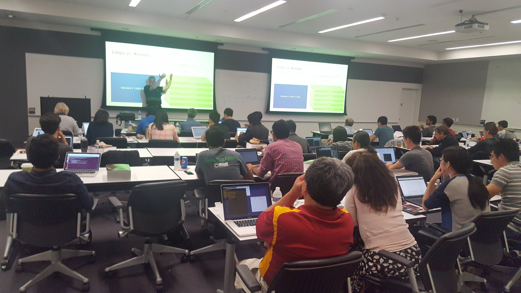#NVIDIA Bob Crovella leading his Parallel Programming Workshop,  all  #OpenACC,  here at #USC, tomorrow Deep Learning with #GPU https://t.co/VKehxw4v1e