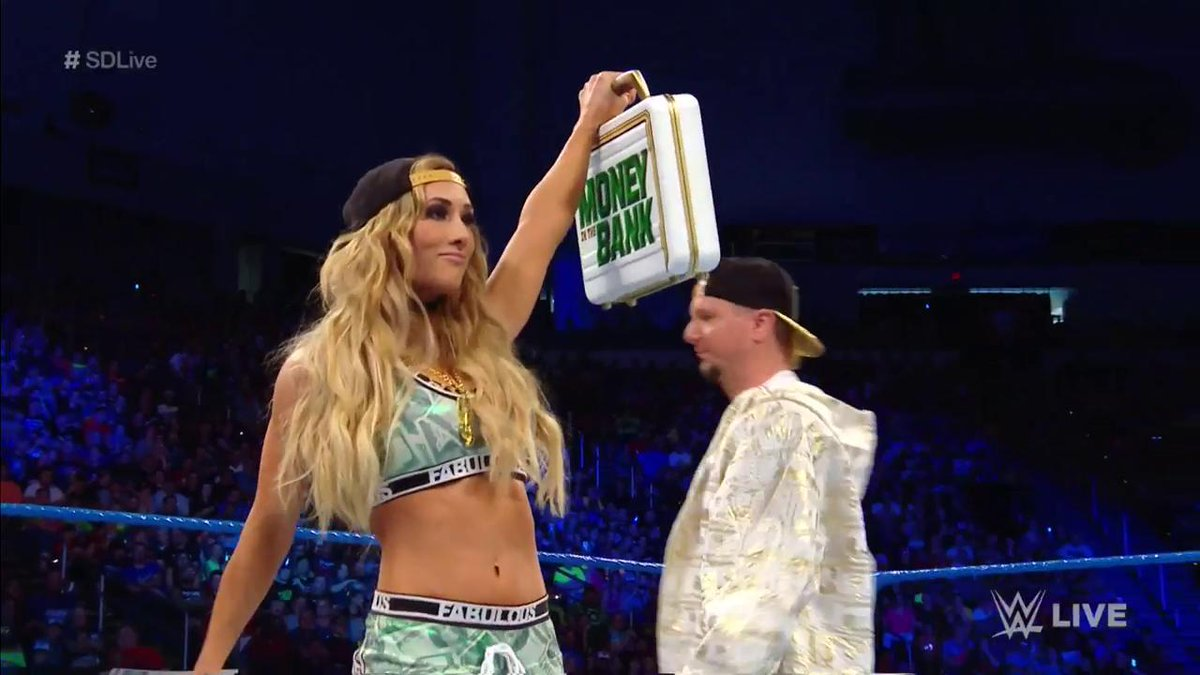 WWEUniverse money in the bank