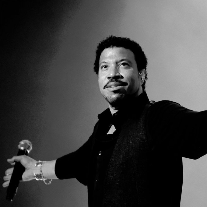 Happy Birthday to the great Lionel Richie............................
