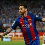 Lionel Messi extends contract with Barcelona until 2021