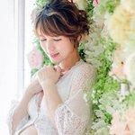 HK actress Snow Suen looks like a goddess in pregnancy photoshoot