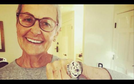 Tom Brady wished his \super mom\ a very happy birthday